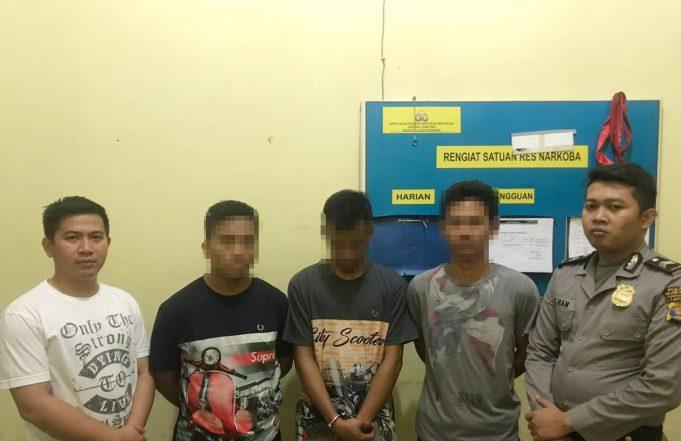 Simpan BB Dalam Kandang Ayam, 3 Pengedar Narkotika Ditangkap Satresnarkoba Polres Tulang Bawang