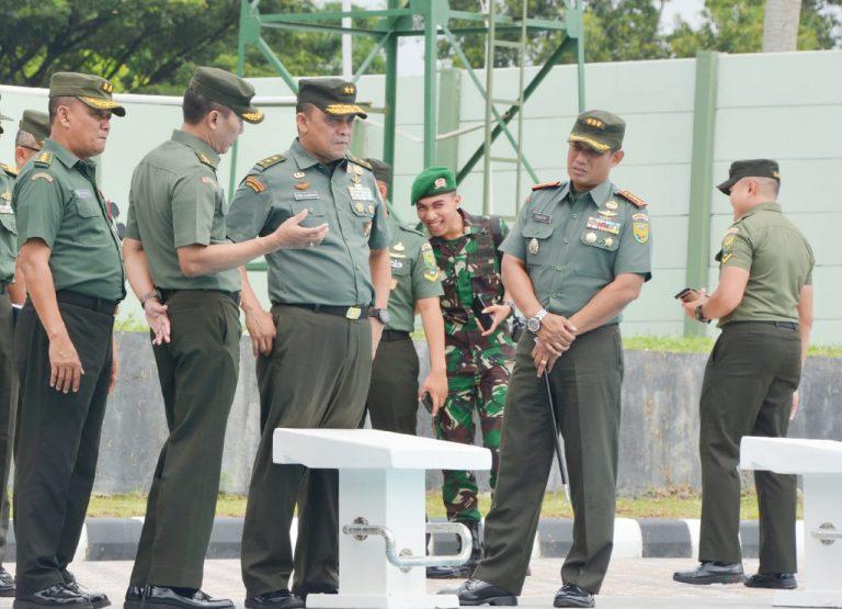 Danrem 043/Gatam Terima Tim Dalproggar TNI AD Di Mokorem 043/Gatam