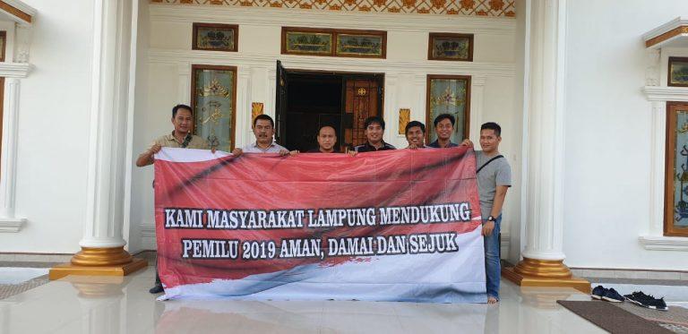 Kanit II Subdit Politik Dit. Intelkam Polda Lampung Kompol Yusvin Argunan Kunjungi Para Tokoh di Lampura