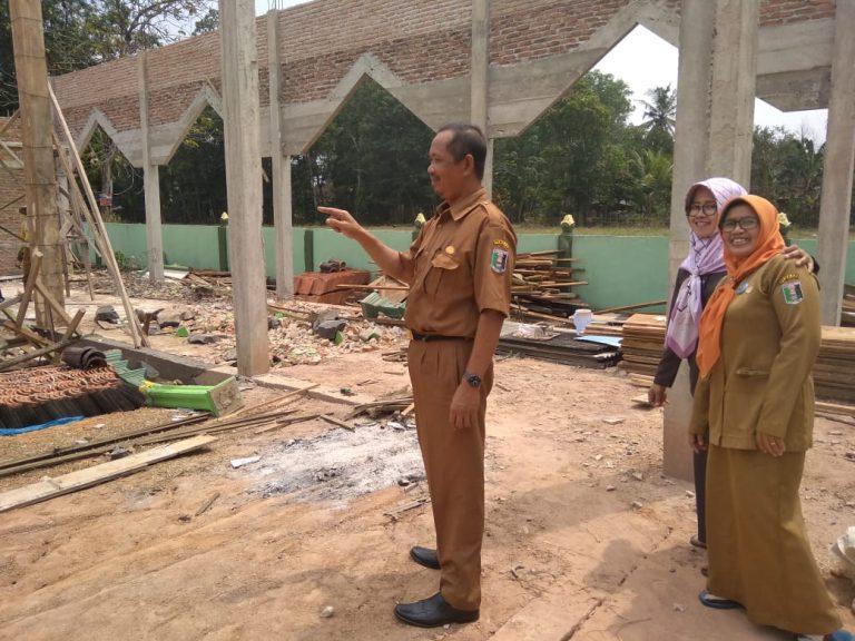SMP Negeri 1 Metro Kibang Bangun Masjid dari Infak Dewan Guru dan Siswa