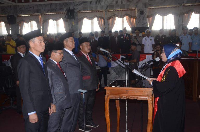 Romli Resmi Jabat Ketua DPRD Lampung Utara
