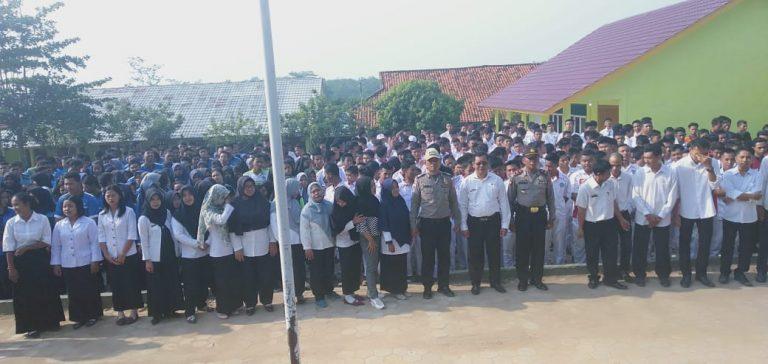 Pelajar SMKN 1 Banjit Menolak Aksi Anarkis dan Mendukung Pelantikan Presiden