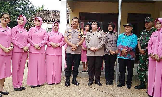 Kapolres Lampung Timur Resmikan Rumah Mbah Tukini