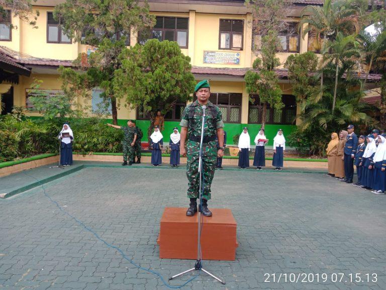 Danramil 410-02/TBS Mayor.Inf Andi Sultan, Spd, MH. Beri Materi Wasbang Kepada Siswa- Siswi SMPN 3 Bandar Lampung
