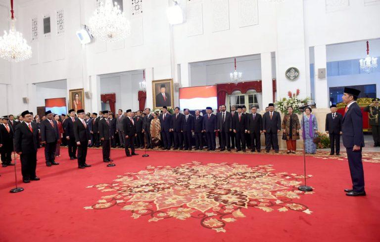 Presiden Jokowi Lantik 12 Wamen di Istana