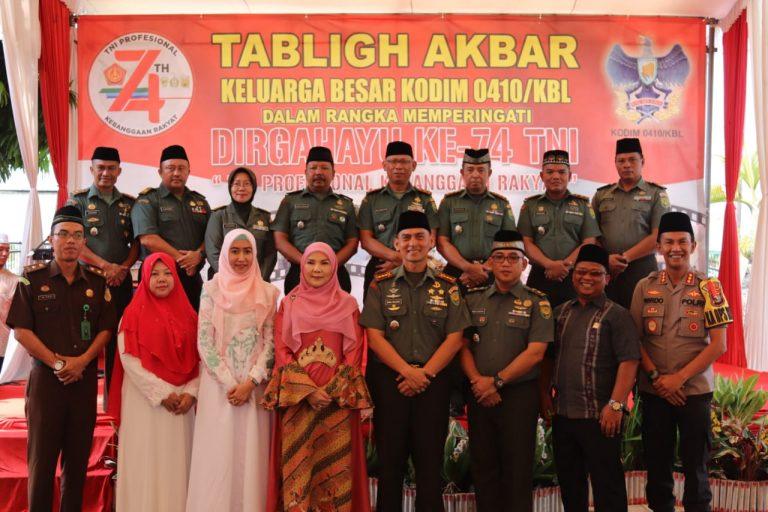 Peringati HUT Ke-74 TNI Kodim 0410/KBL Gelar Tabligh Akbar