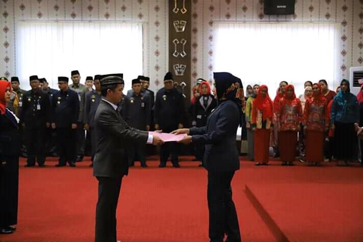 Bupati Tulang Bawang Hj. Winarti SE MH, Melantik Pejabat Pimpinan Tinggi Pratama